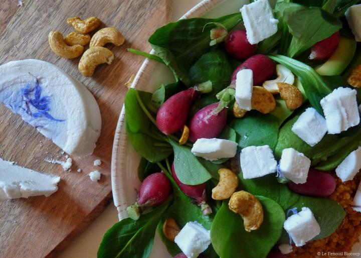 Salad bowl au «fromage» végétal
