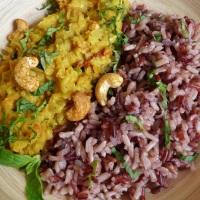 Dahl indien aux lentilles corail, lait de coco et curry