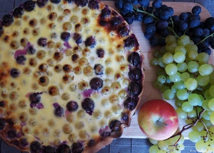 Tarte d'automne aux pommes et auraisin