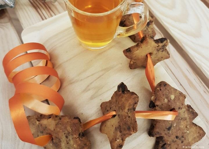 Biscuits sablés «shortbread» aux éclats de chocolat et auxnoisettes