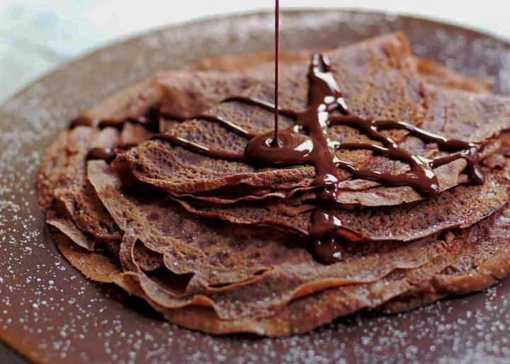 Crêpes au chocolat et à la farine dechâtaigne