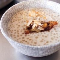 Entremets de tapioca à la banane et au lait de coco (chè chuối)