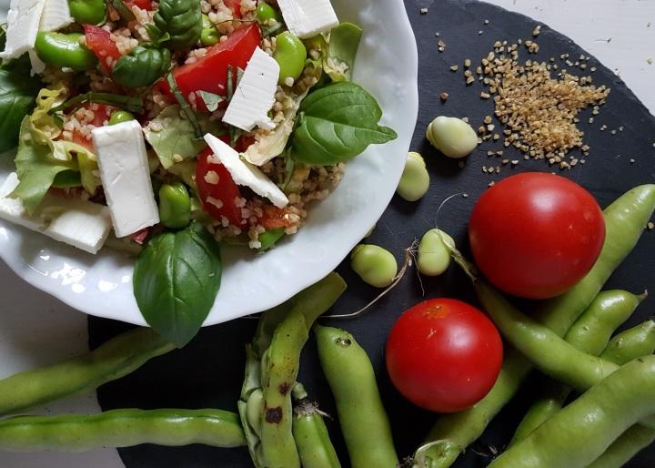 Salade de boulgour aux fèves et à la «feta»