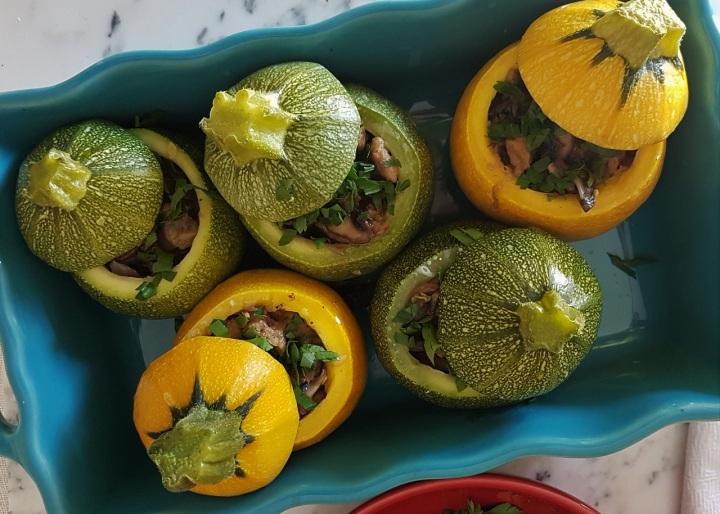 Courgettes farcies vegan et quinoapilaf