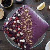 Cheesecake vegan aux myrtilles, à l'amande et aux noix de cajou