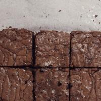 Brownie au chocolat et aux noix (sans lait, sans gluten)