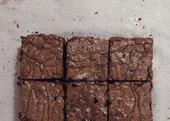 Brownie au chocolat et aux noix (sans lait, sansgluten)